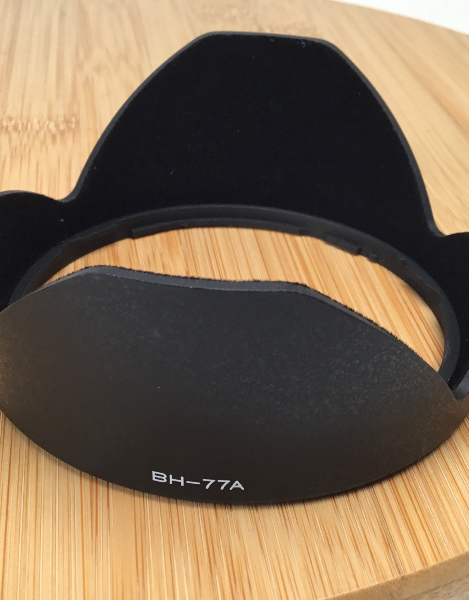 Tokina Tokina Lens Hood BH77A for 11-16mm in Box Used LN