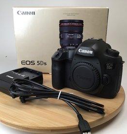 CANON Canon 5DS Camera Body in Box 33027 Shutter Used EX+
