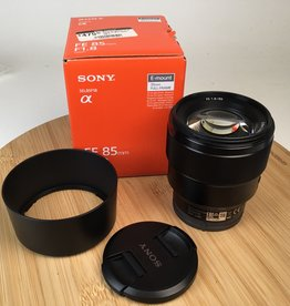 SONY Sony FE 85mm f1.8 Lens in Box Used EX+