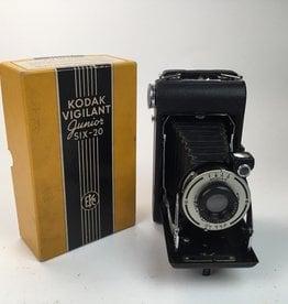 Kodak Vigilant Junior Six 20 Camera in Box Used Non Functioning