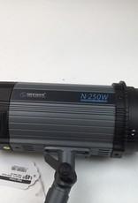 Neewer N-250W Studio Flash Used EX