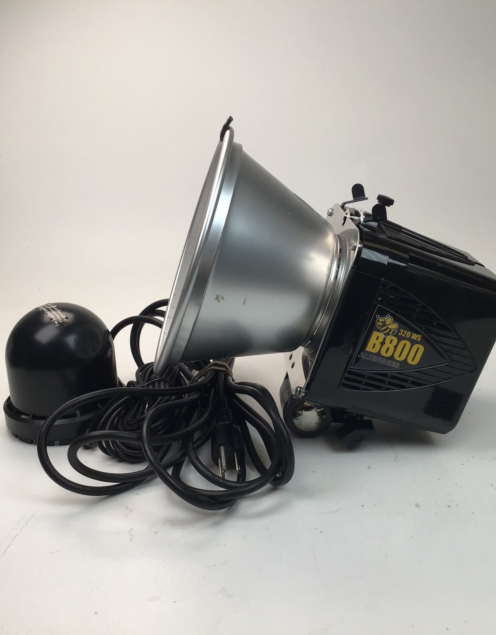 Alien Bees Alien Bee B800 w/ Reflector and PC cable Used EX