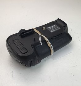Battery Grip for D800 Used Good