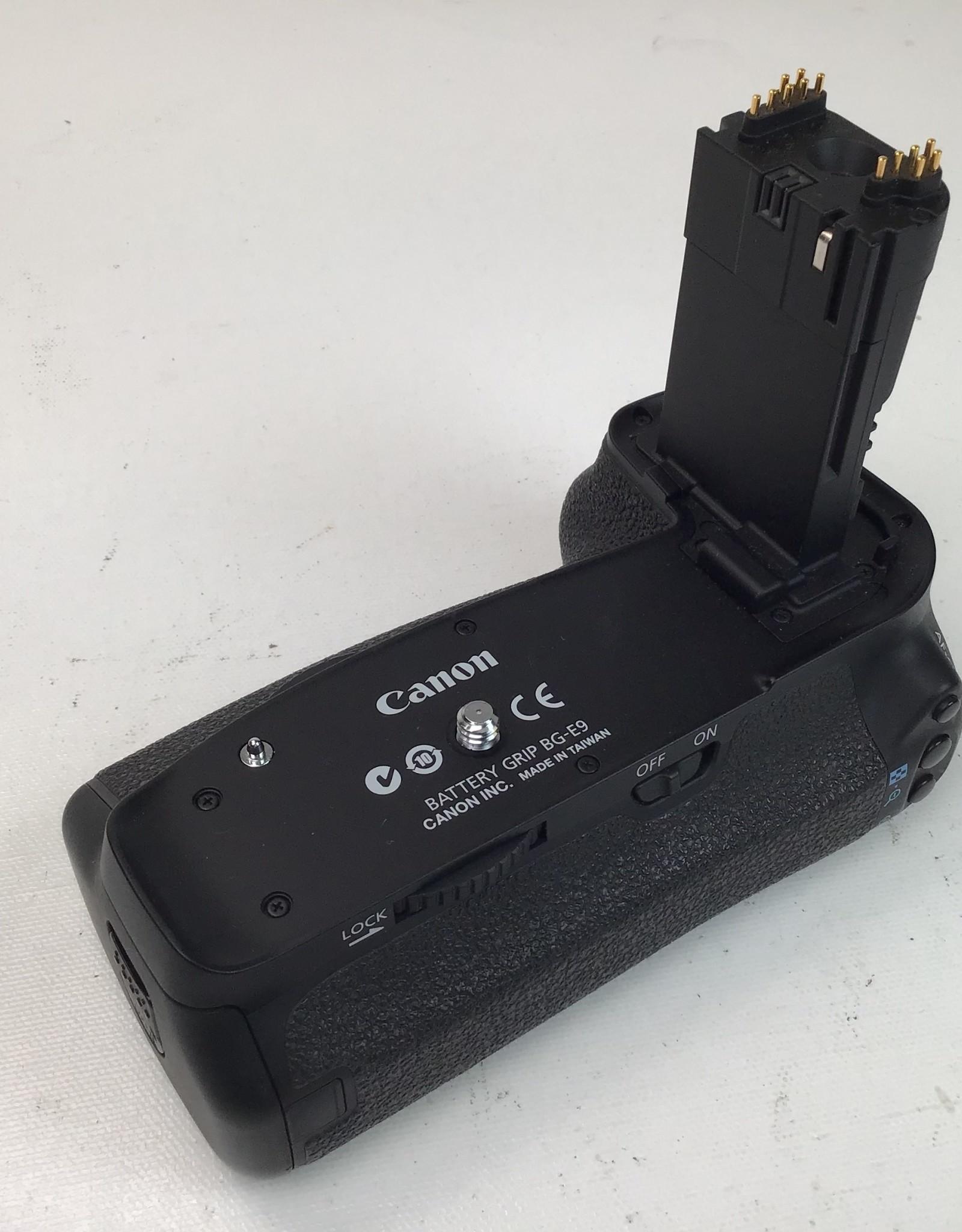 CANON Canon BG-E9 Grip Used Good