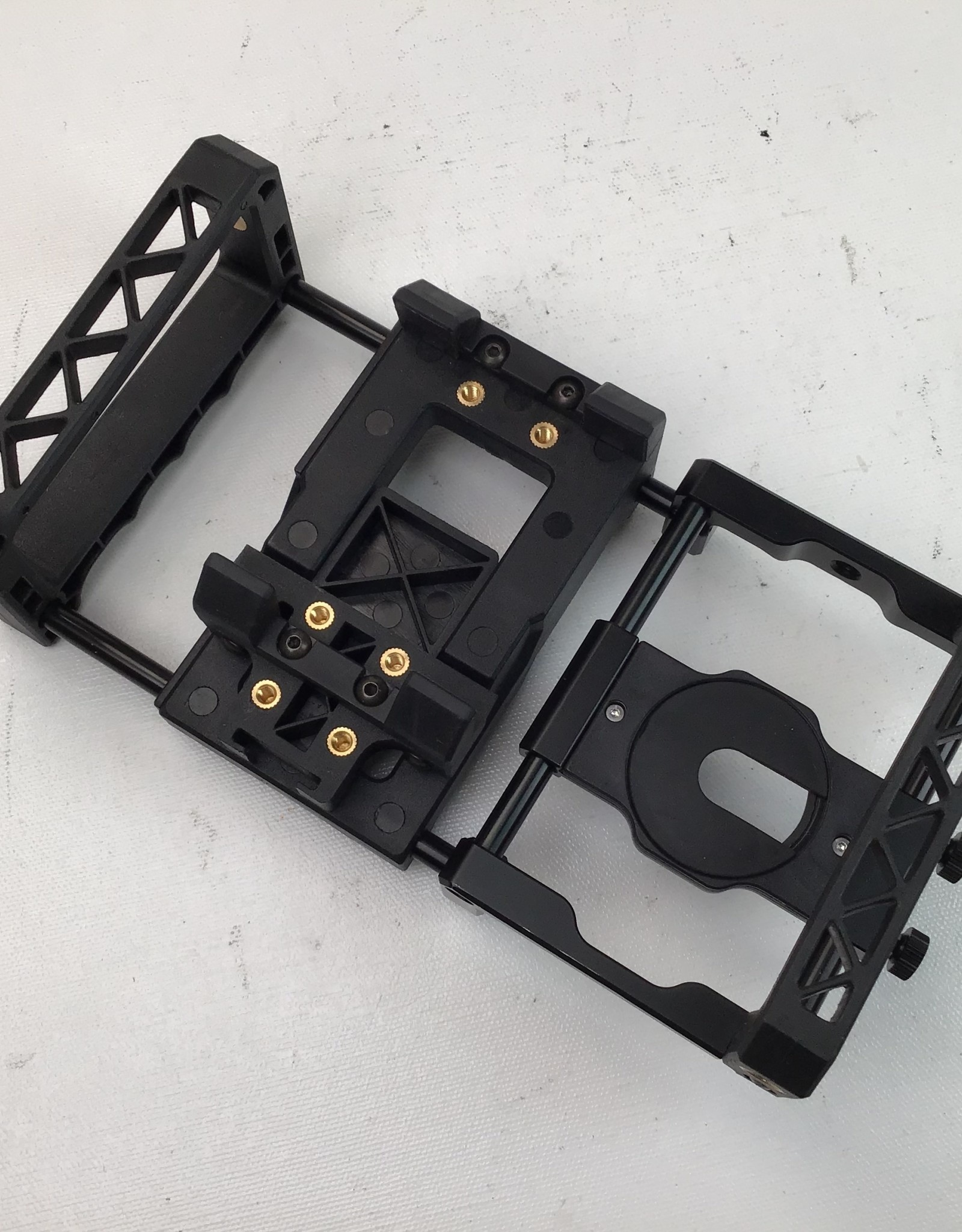 BeastGrip Mobile Cage for Phones Used EX