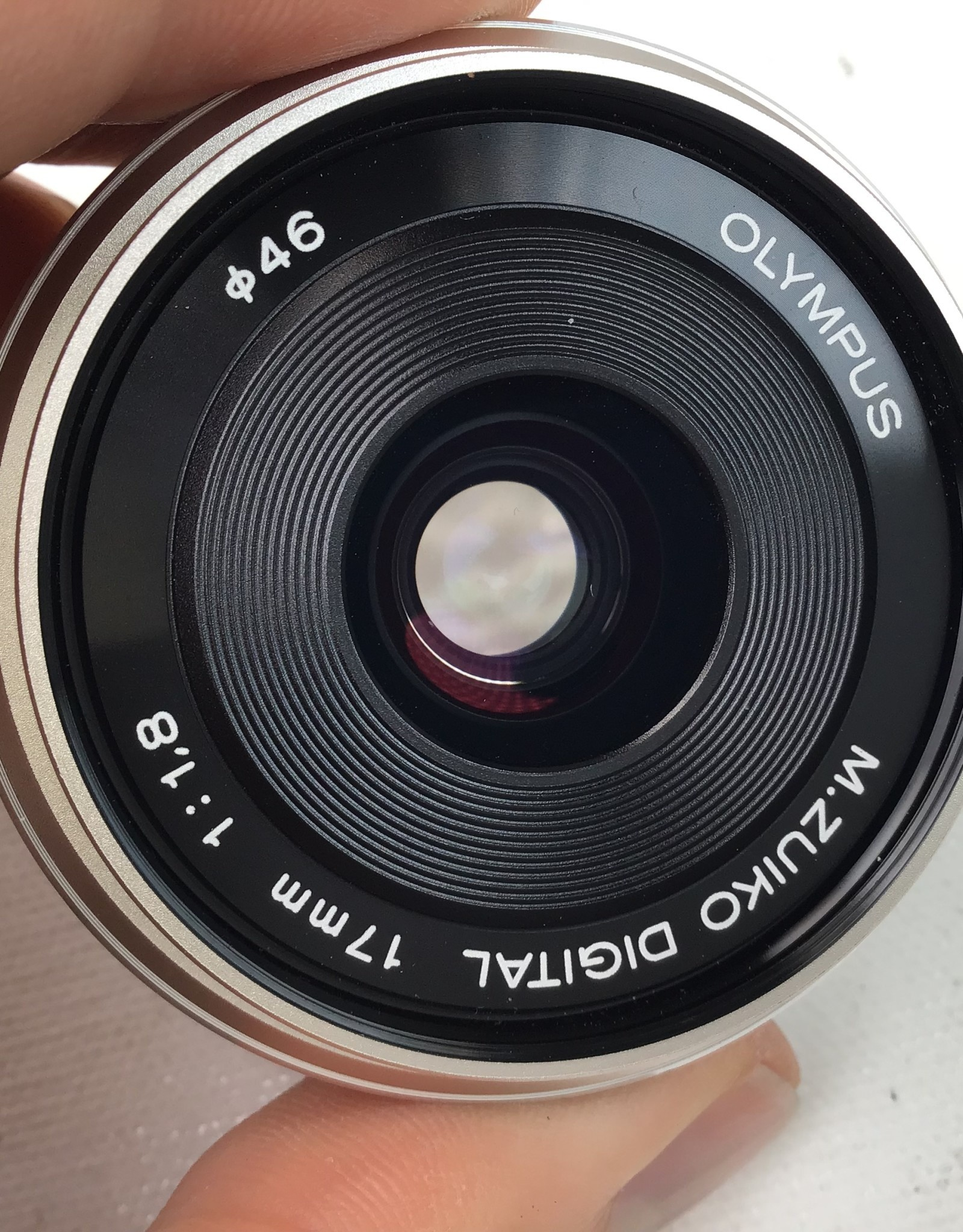 OLYMPUS Olympus 17mm f1.8 MFT Lens Used EX