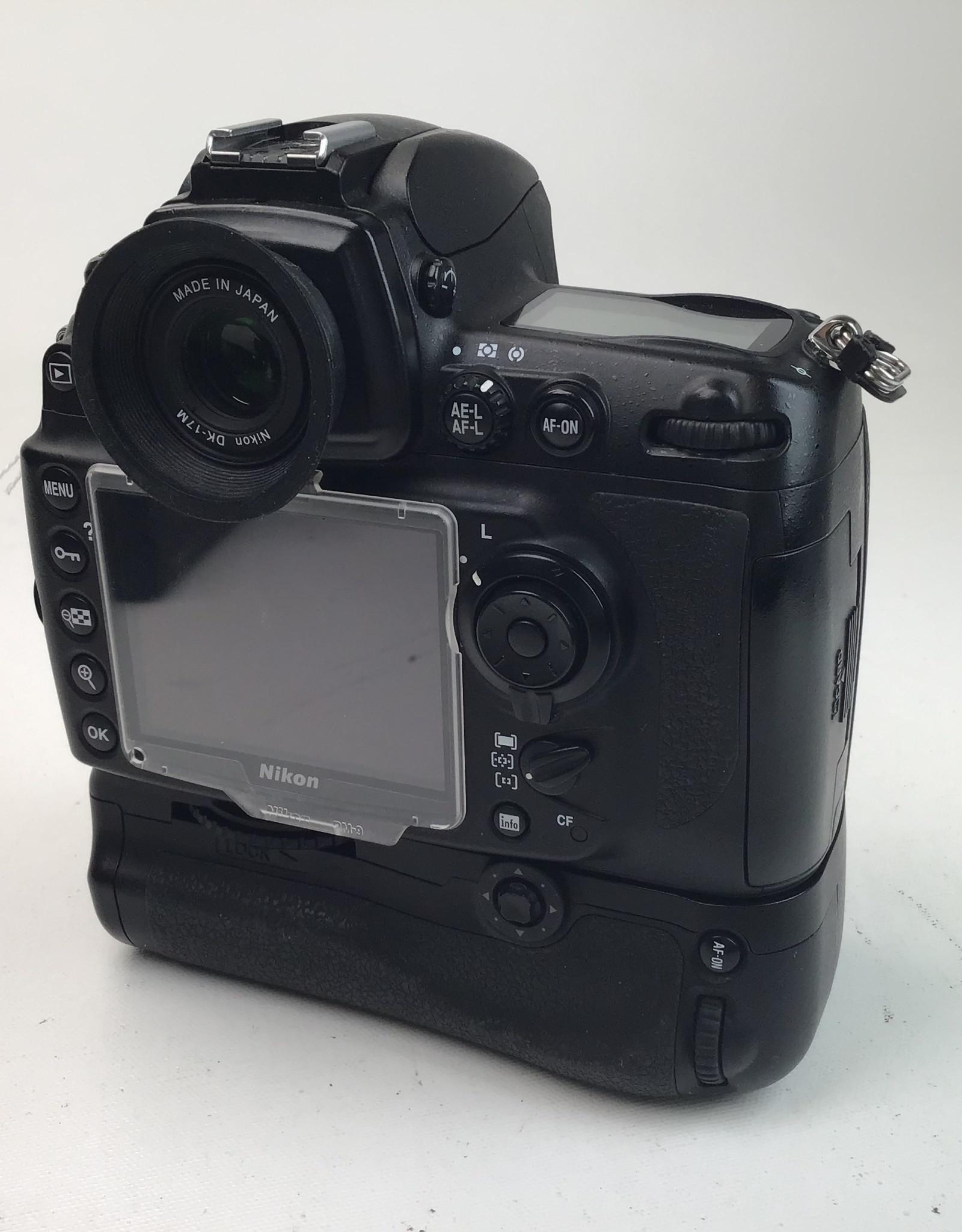 NIKON Nikon D700 Camera with MB-D10, EN-EL4, MH-21 Used Good