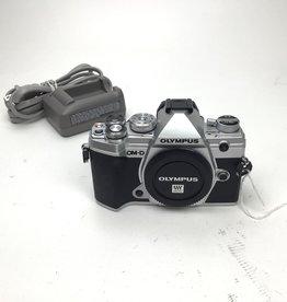 OLYMPUS Olympus OM-D E-M5 III Silver Camera Used  EX