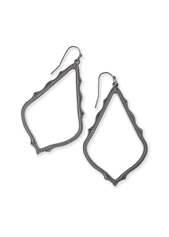 KENDRA SCOTT SOPHEE DROP EARRING IN GUNMETAL