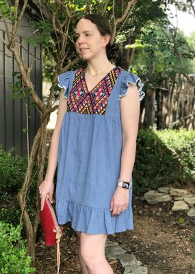 THML CHAMBRAY DRESS WITH FLUTTER SLEEVE AND EMBROIDERY
