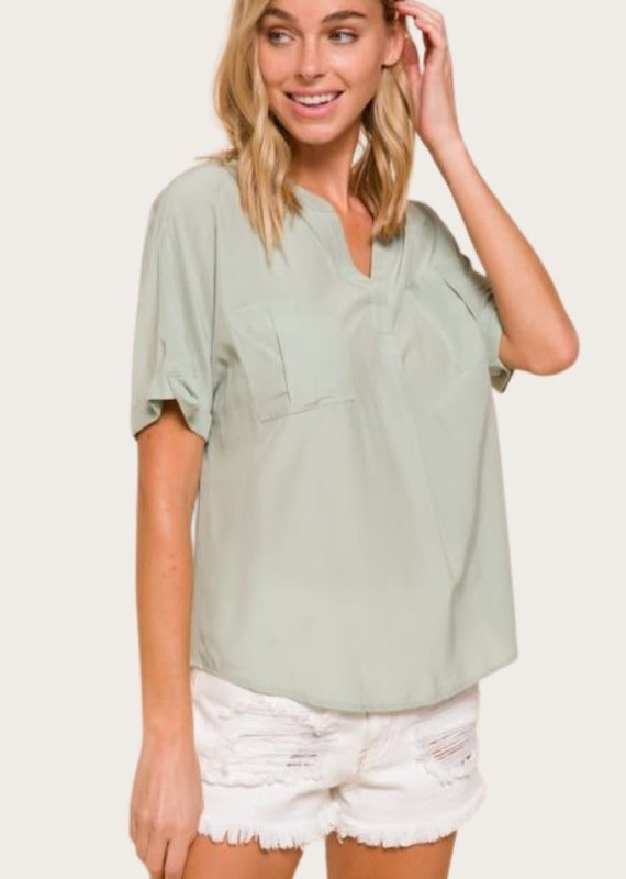 Short Sleeve Top in Mint