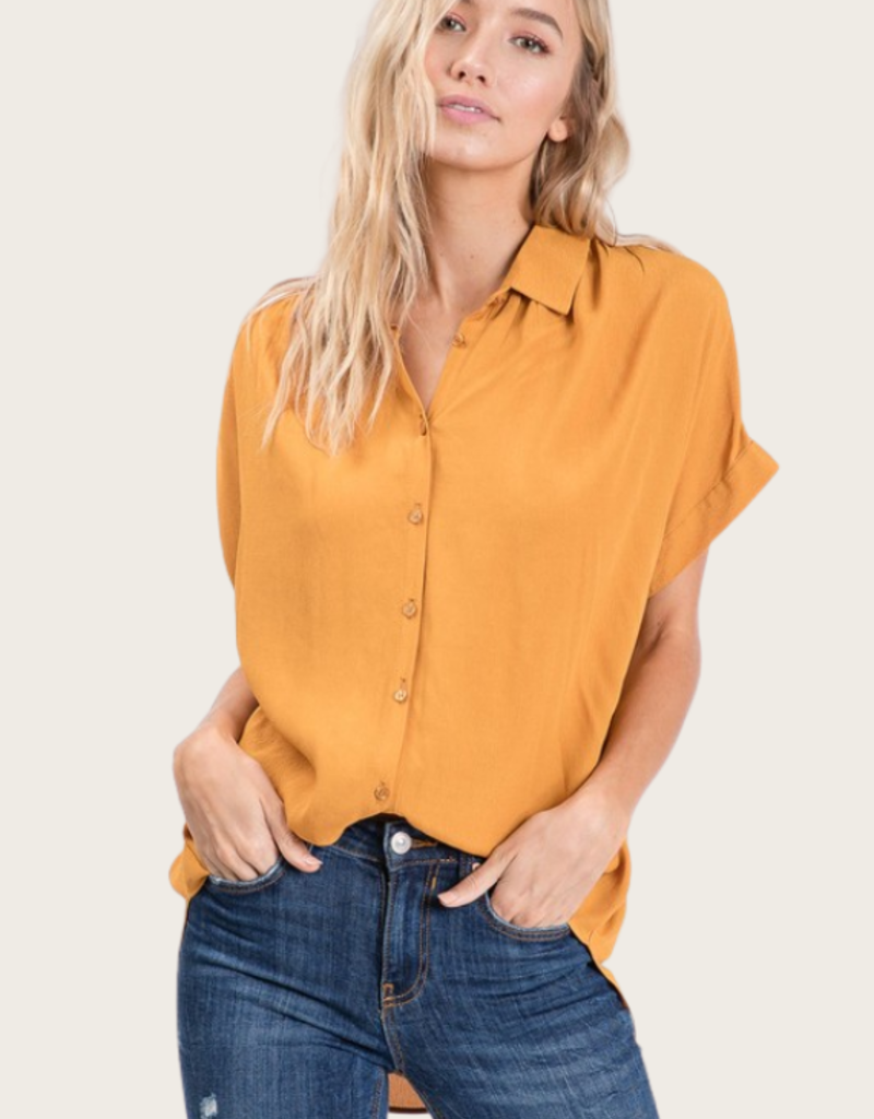 HAILEY & Co Short Sleeve Button Down Shirt Mustard