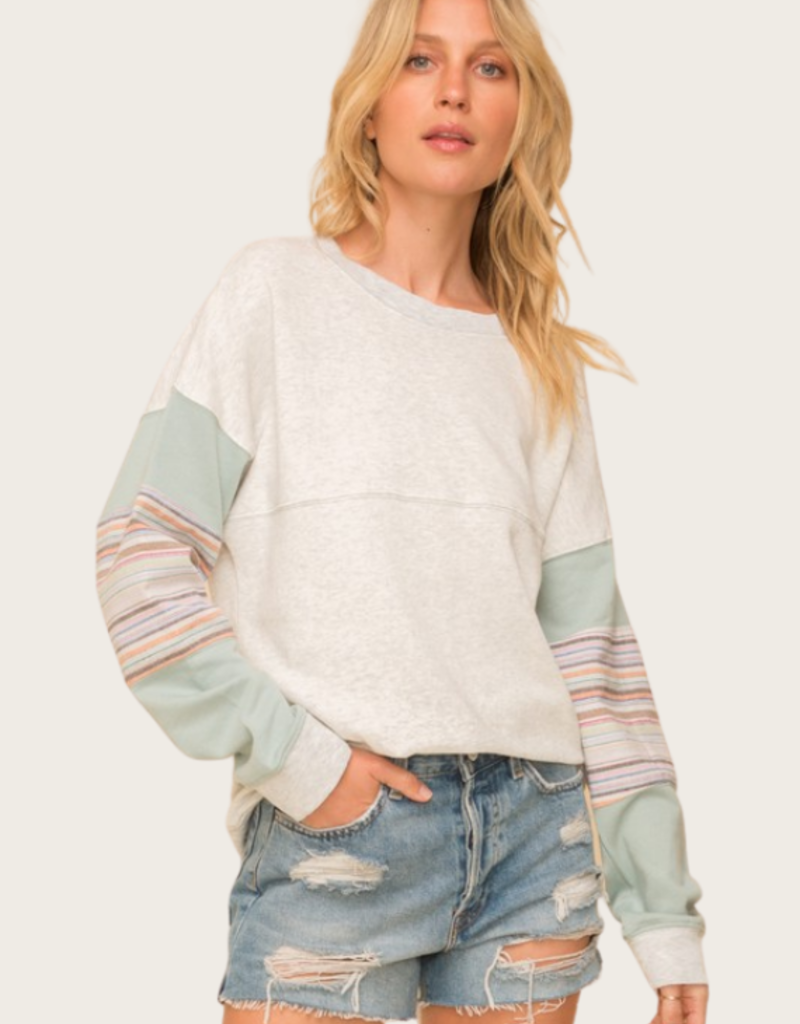 HEM & THREAD Contrast Sleeve French Terry Pullover