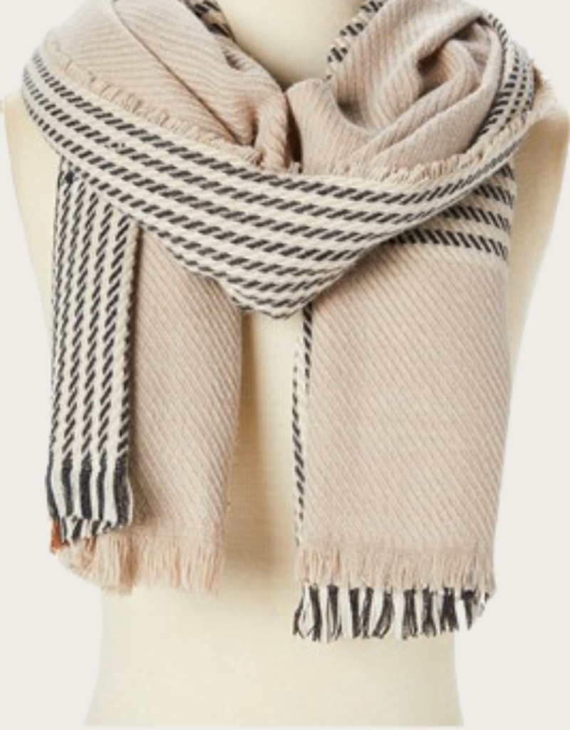 QUEENS Houndstooth Plaid Scarf