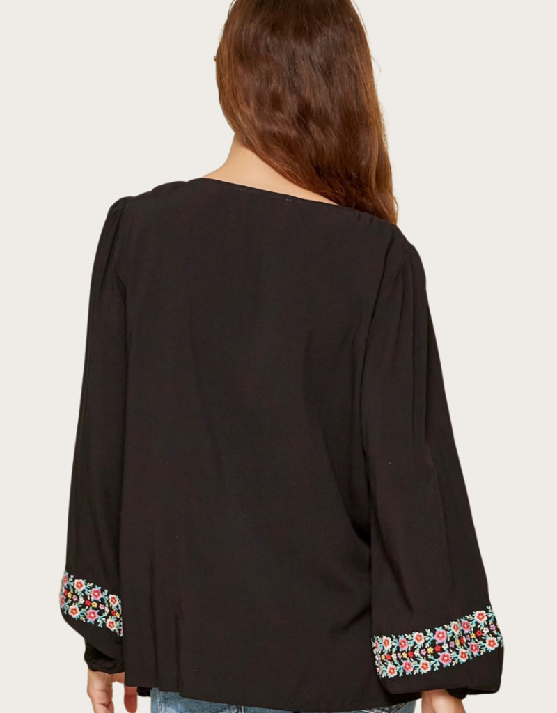 ANDREE BY UNIT Black Embroidered Top