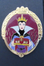 DISNEY DLR VILLAIN SERIES EVIL QUEEN PIN