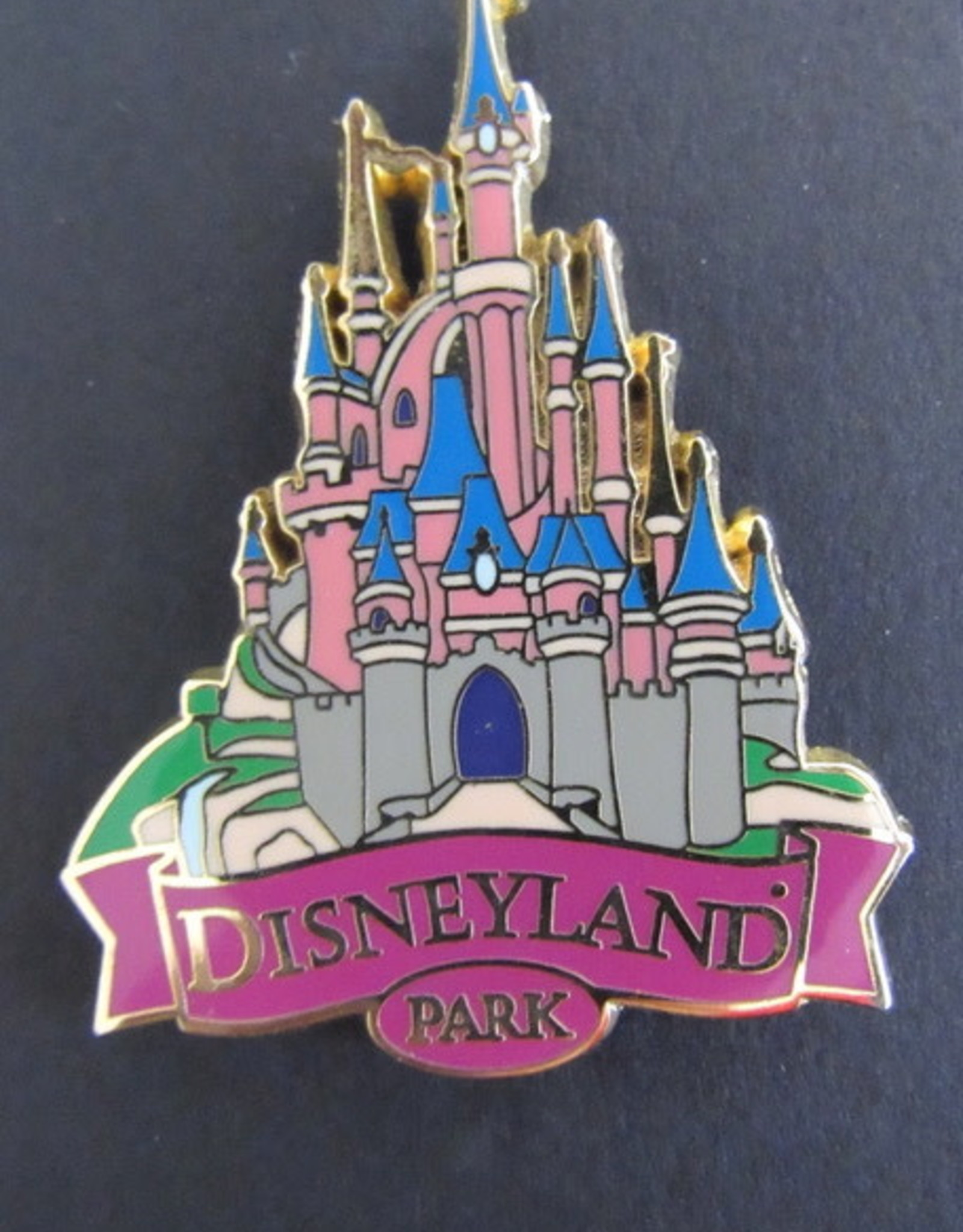 DISNEY DLRP-2008 DISNEYLAND PARK SLEEPING BEAUTY CASTLE (PURPLE VERSION) PIN