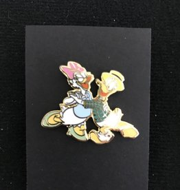 DONALD DUCK AND DAISY DANCING WDCC SCULPTURE SET DISNEY PIN