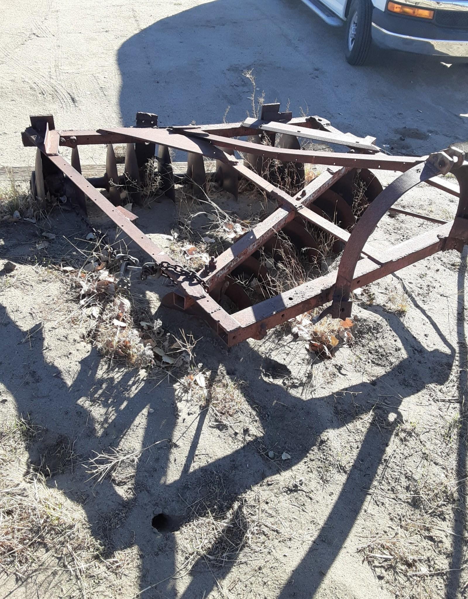 Farm disc harrow tractor implement