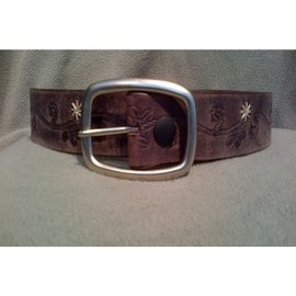 BRIAN HAMILTON LADIES BELT LEATHER FLORAL STITCH - BROWN