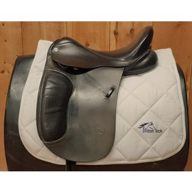 CLIFF BARNSBY USED BARNSBY DRESSAGE SADDLE