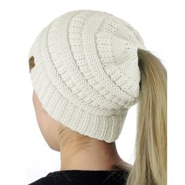 CC BEANIE CABLE KNIT MESSY BUN - IVORY