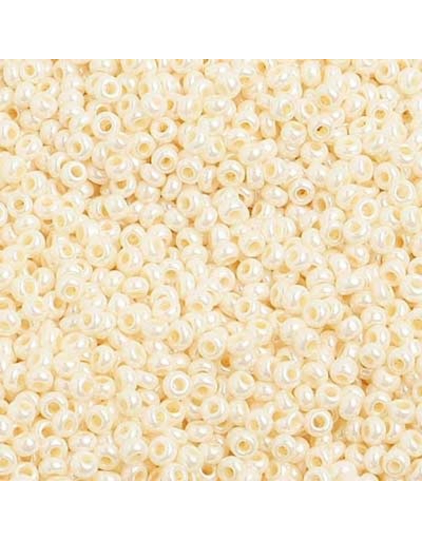 Czech 1470B 10   Seed 250g Opaque Eggshell