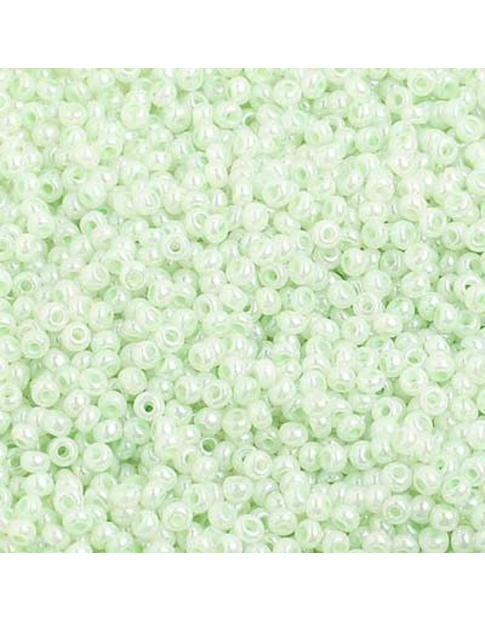 Czech 1425 10   Seed 20g  Opaque Pearl Green