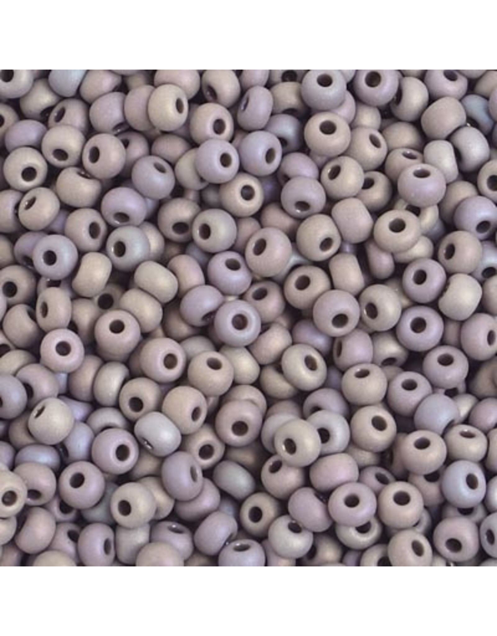 Czech 401077  6   Seed 20g  Opaque Grey AB Matte