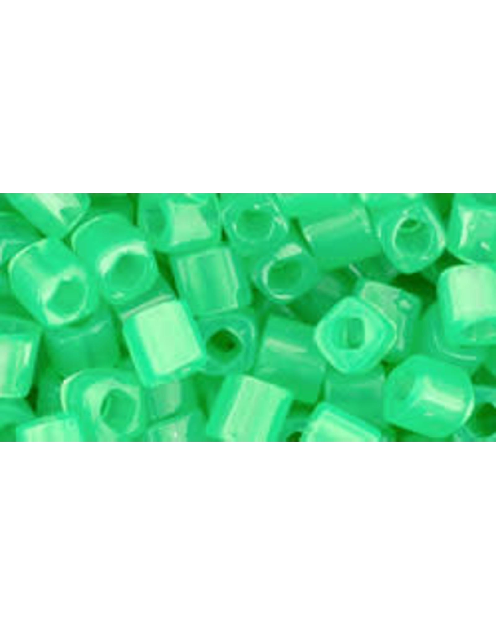 Toho 156B  4mm  Cube 40g  Ceylon Jade Green
