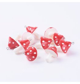 Mushroom Red and White  34x26mm  x6