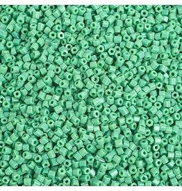 Czech 29351 10/0 2 Cut Seed Hank 20g  Opaque  Green