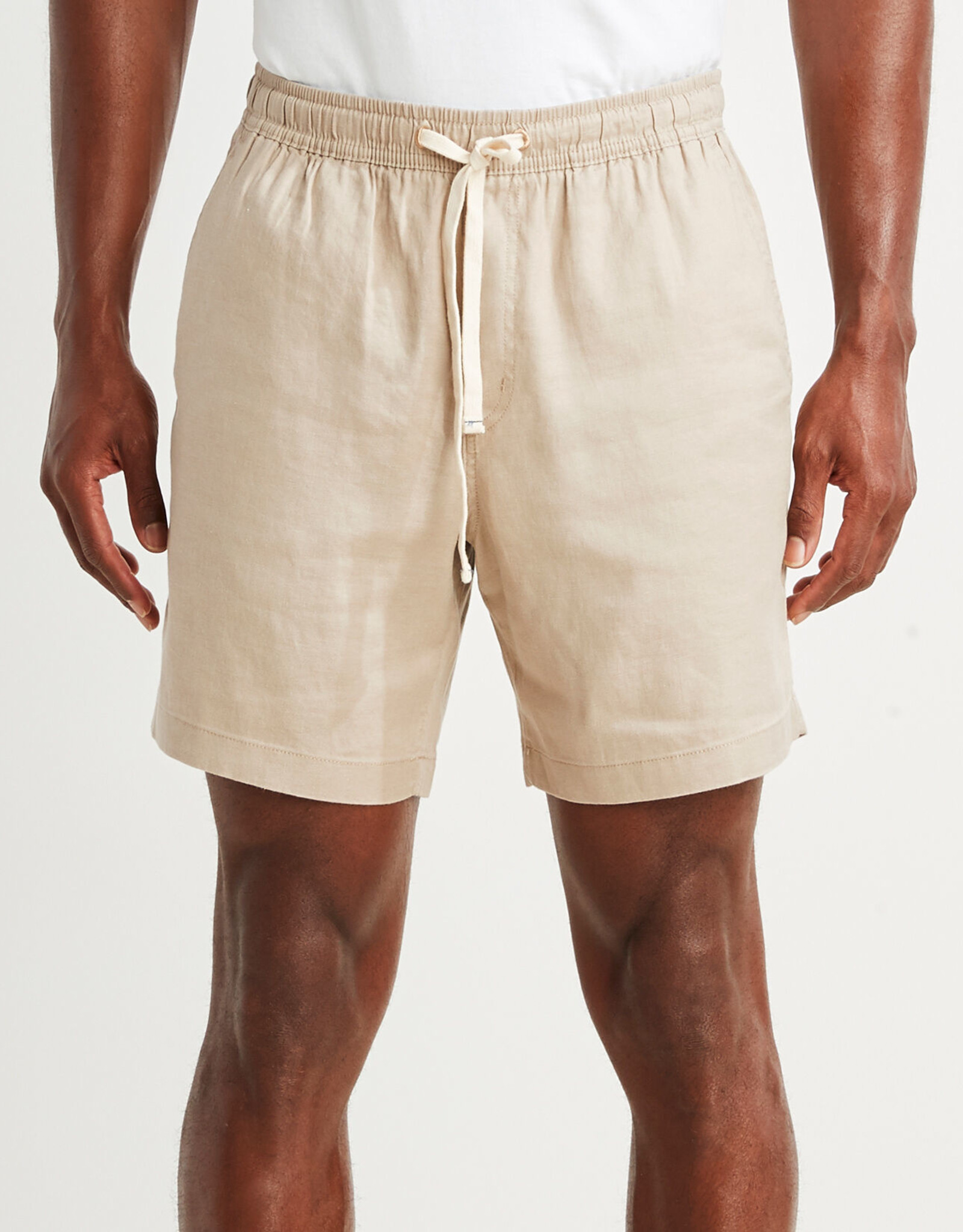 Vineyard Vines 7' Linen Jetty Shorts