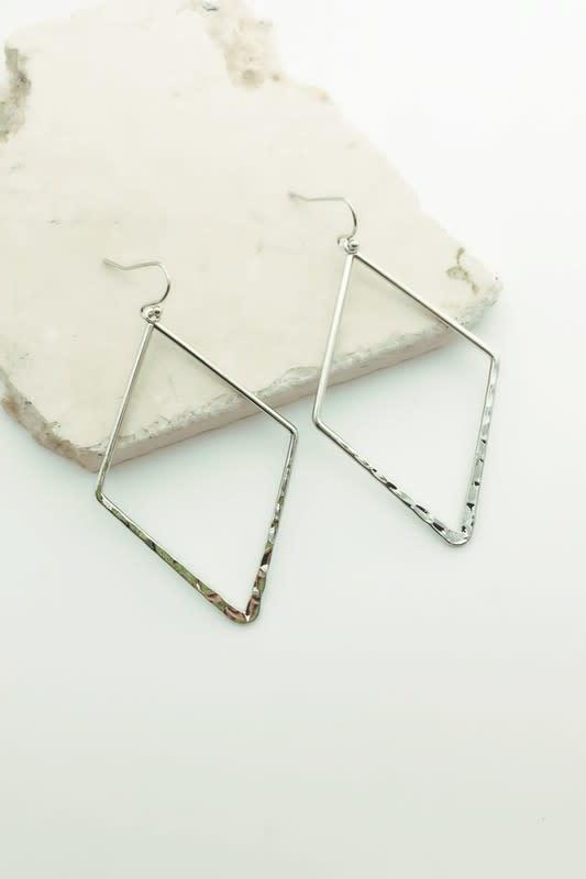 Flat diamond shape earrings