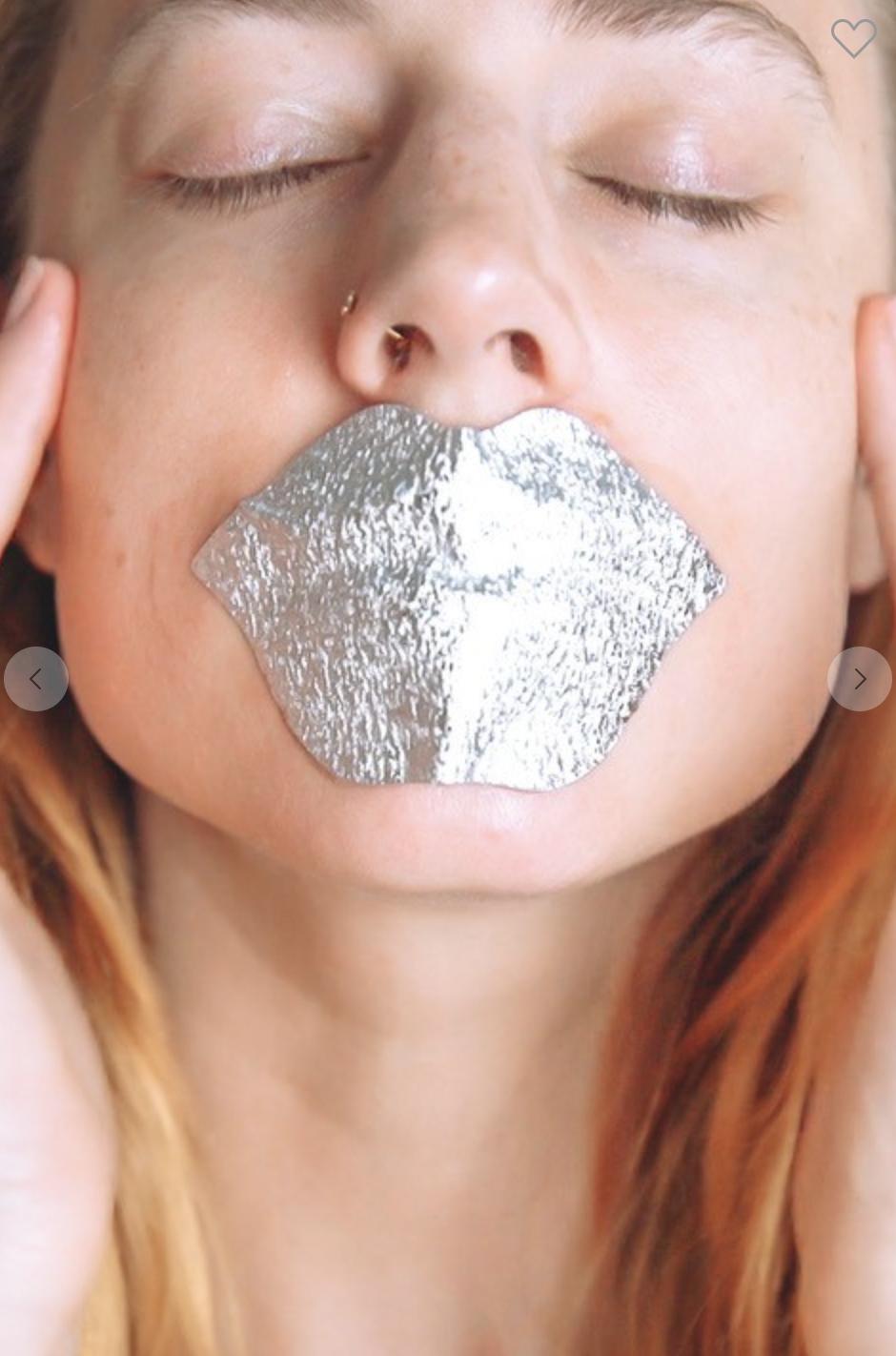 Hologram Foil Lip Mask