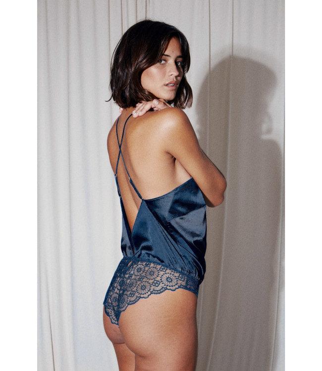 Tara Body Blue