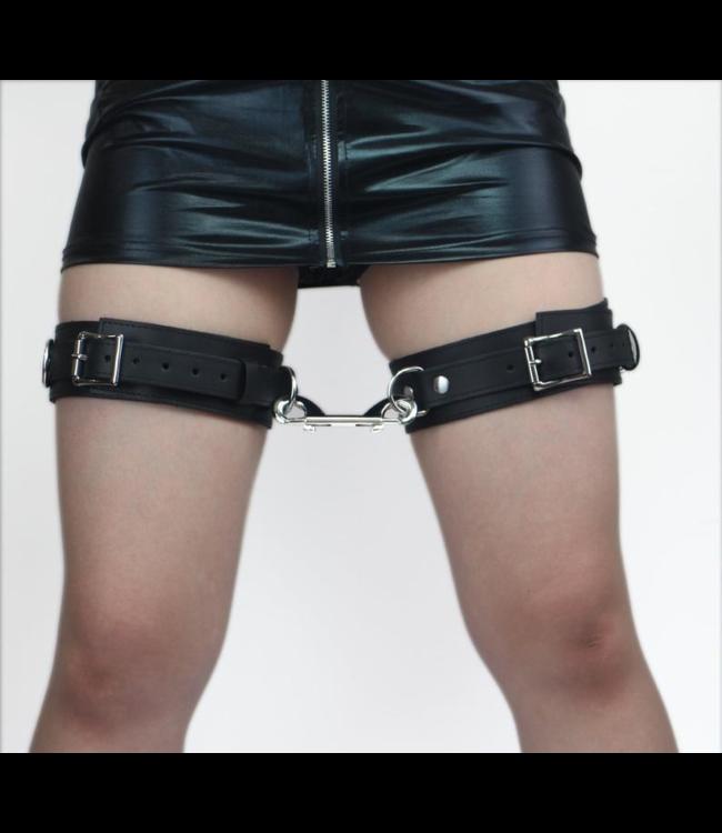 Dusk Leather Thigh Cuffs