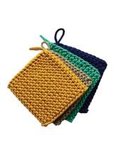 creative co-op Crocheted Pot Holder Ocean ASTD