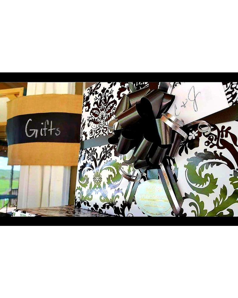 Cottonwood Kitchen + Home Complimentary Gift Wrapping