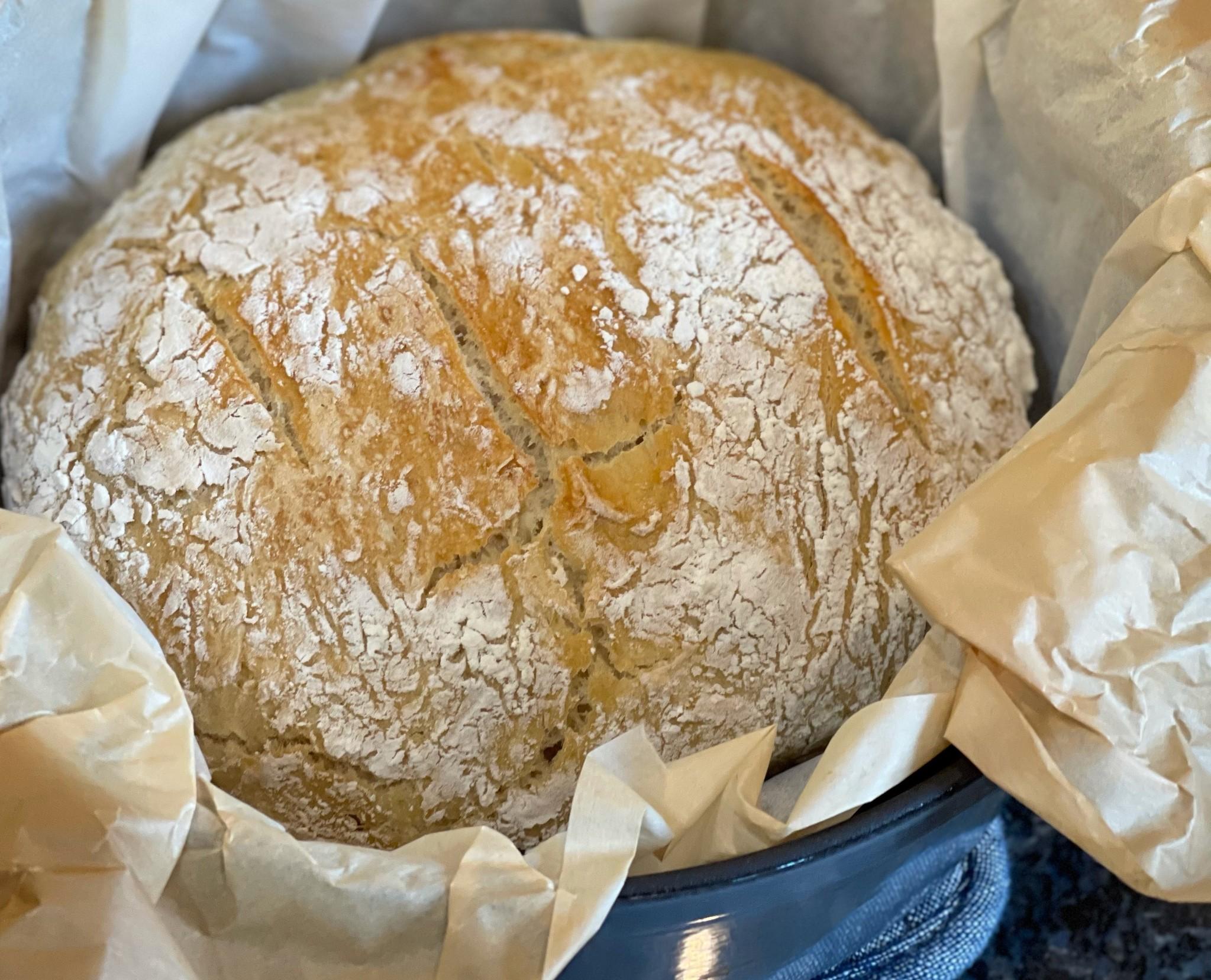 Dutch oven no-knead bread