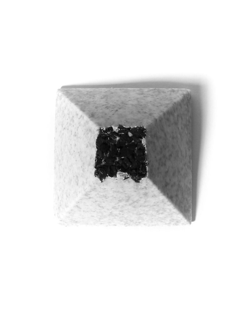 SALT & STONE BLACK LAVA SEA SALT SOAP