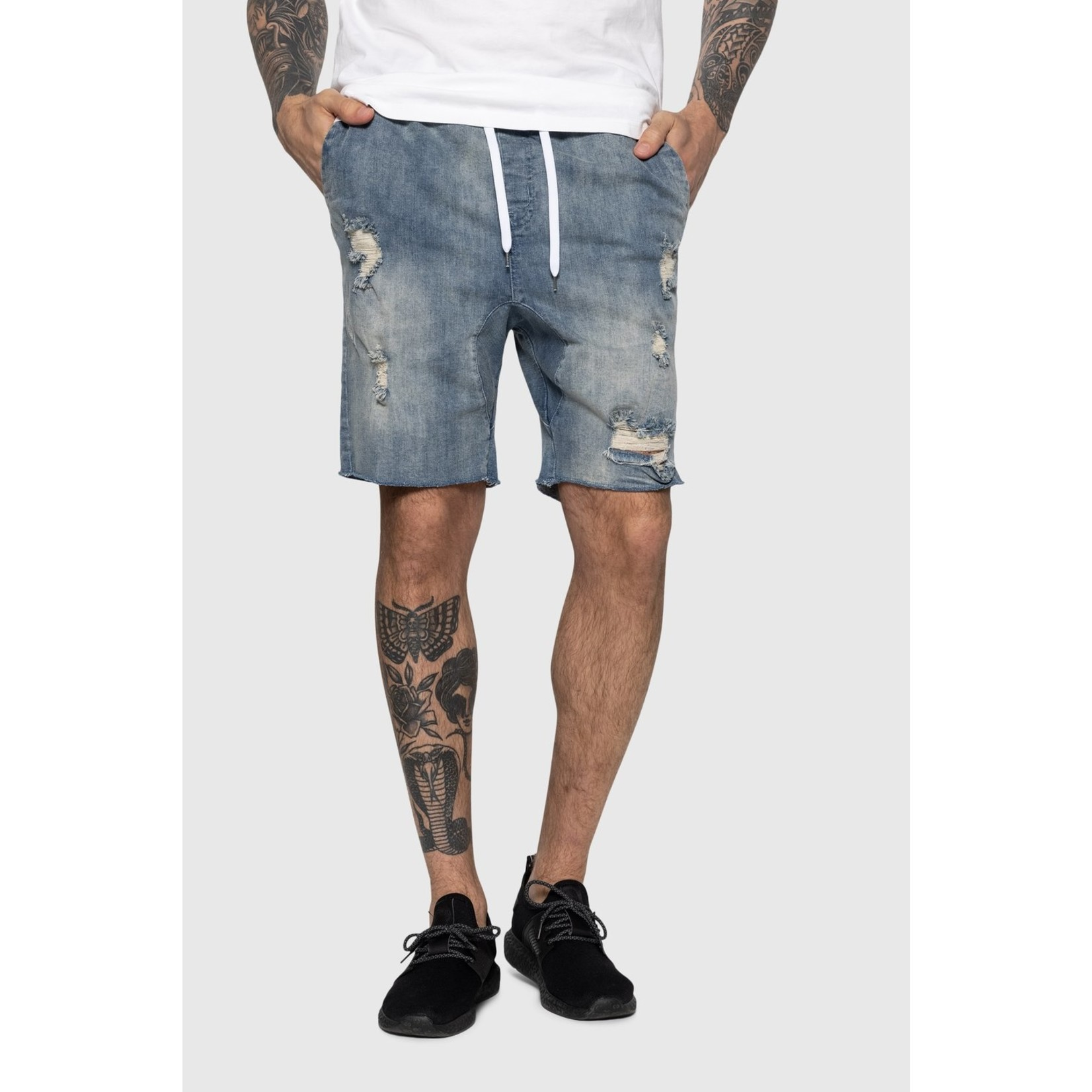 TEAMLTD DISTRESSED DENIM SHORT