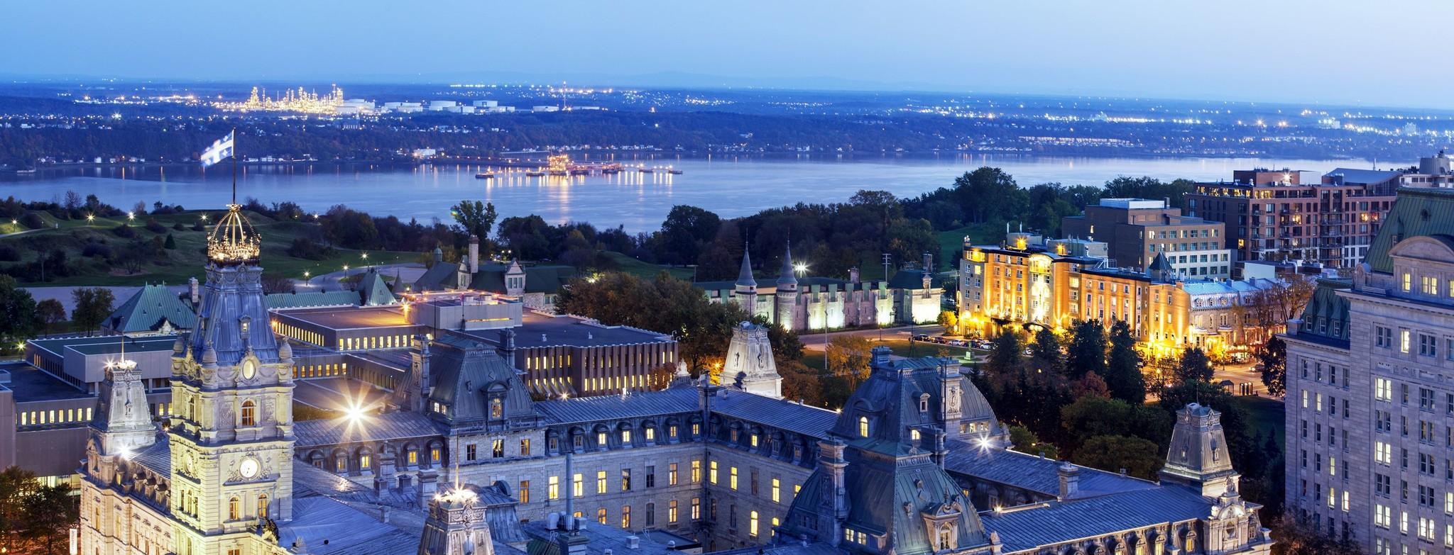 l'hôtel Chateau Laurier situé au coeur de la ville de Québec