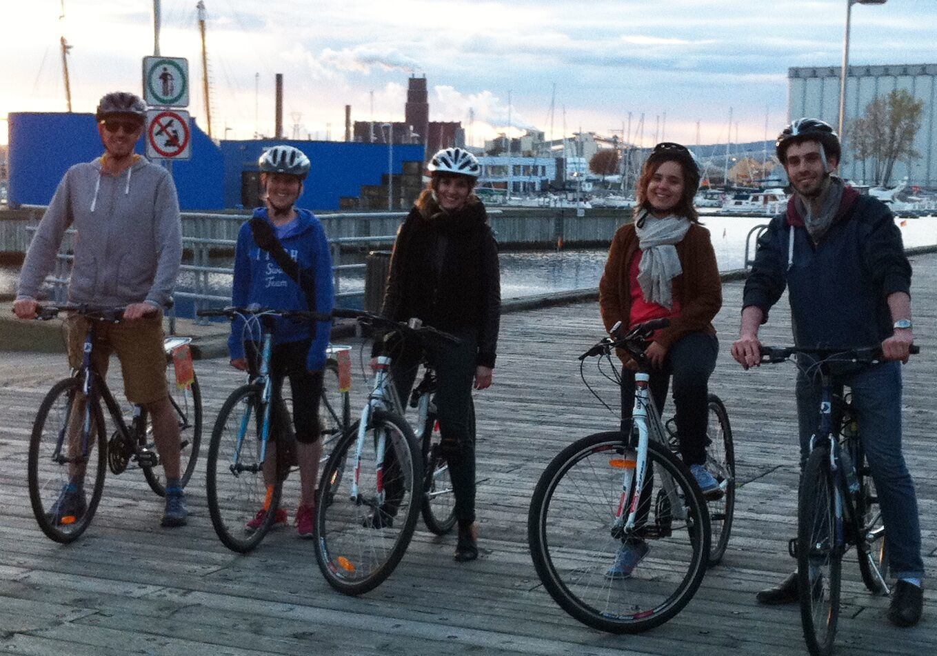 Quebec along the river bike tour - with your own bike, 55$