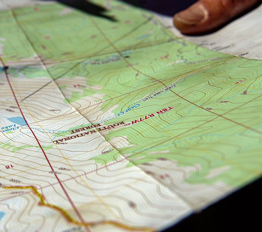 Hiking Guides & Maps