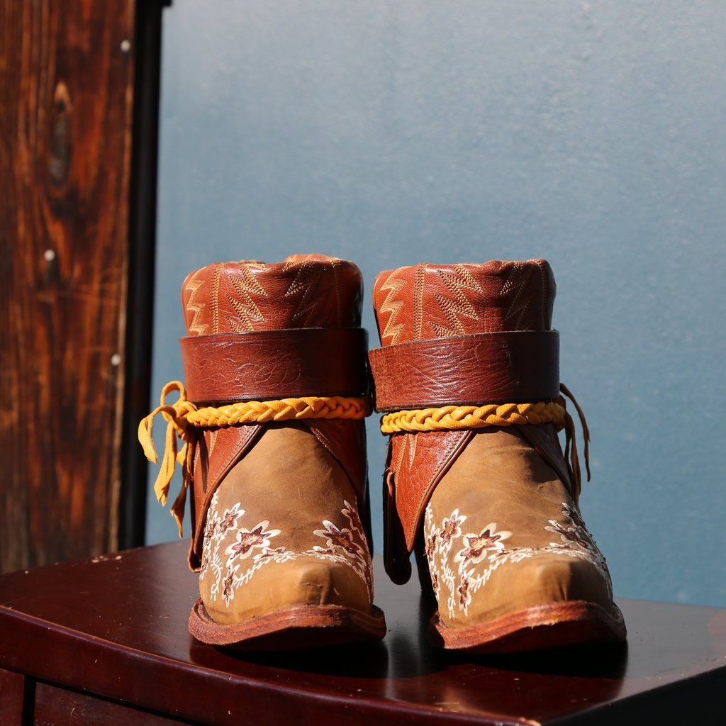 Canty Boots: Tan Floral Embroidery, Size 8.5