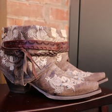 Canty Boots: Tobacco Studs + Embroidery, Size 7