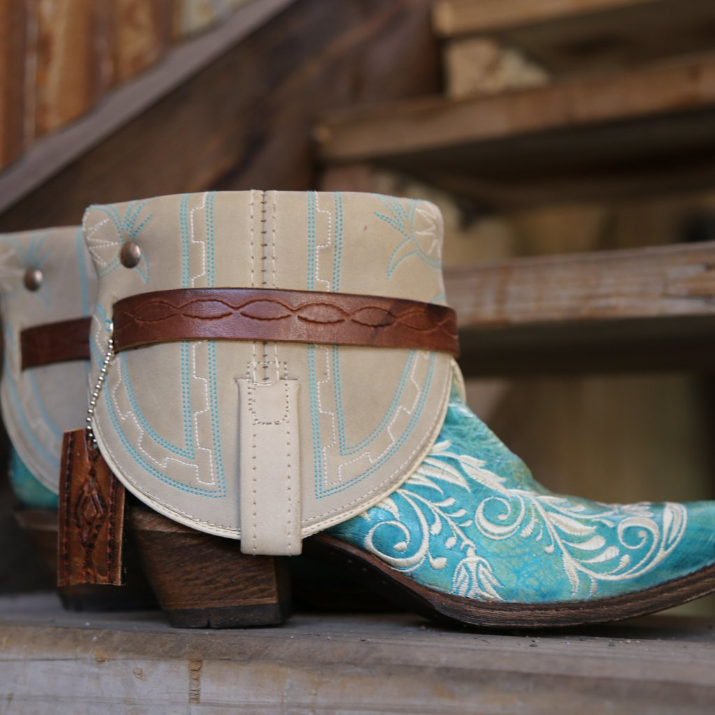 Canty Boots: Turquoise Snip Toe w/ Floral Embroidery, Size 6