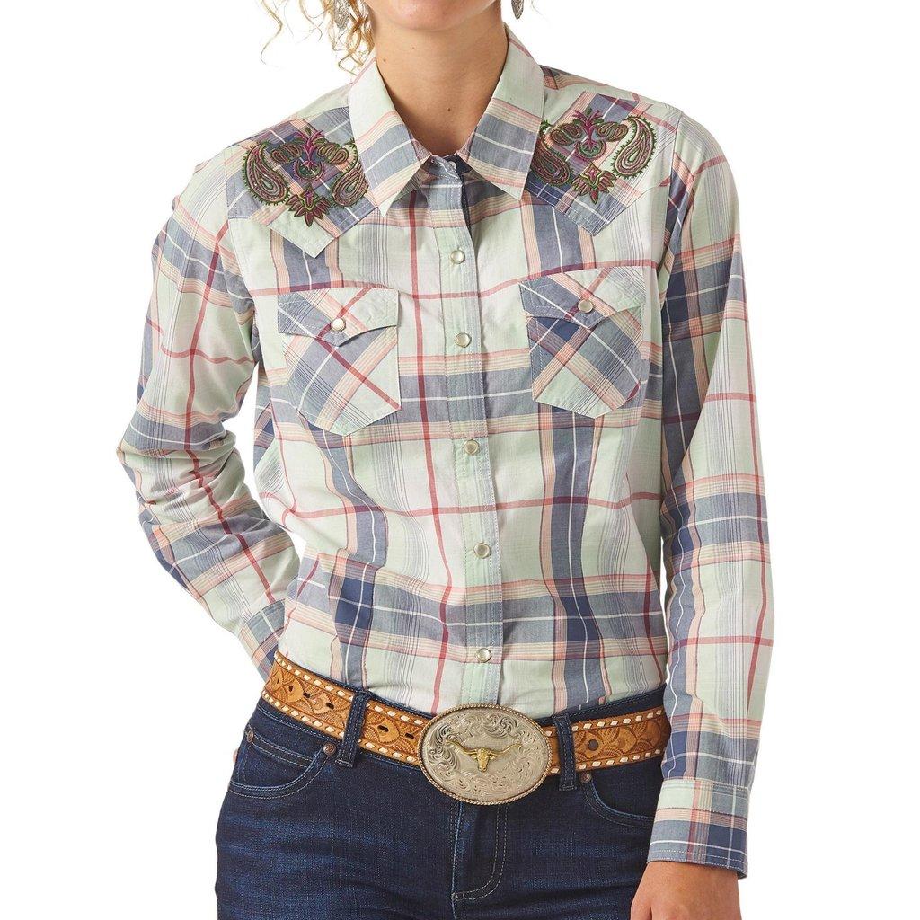 Wrangler | Embroidered Plaid Snap Shirt