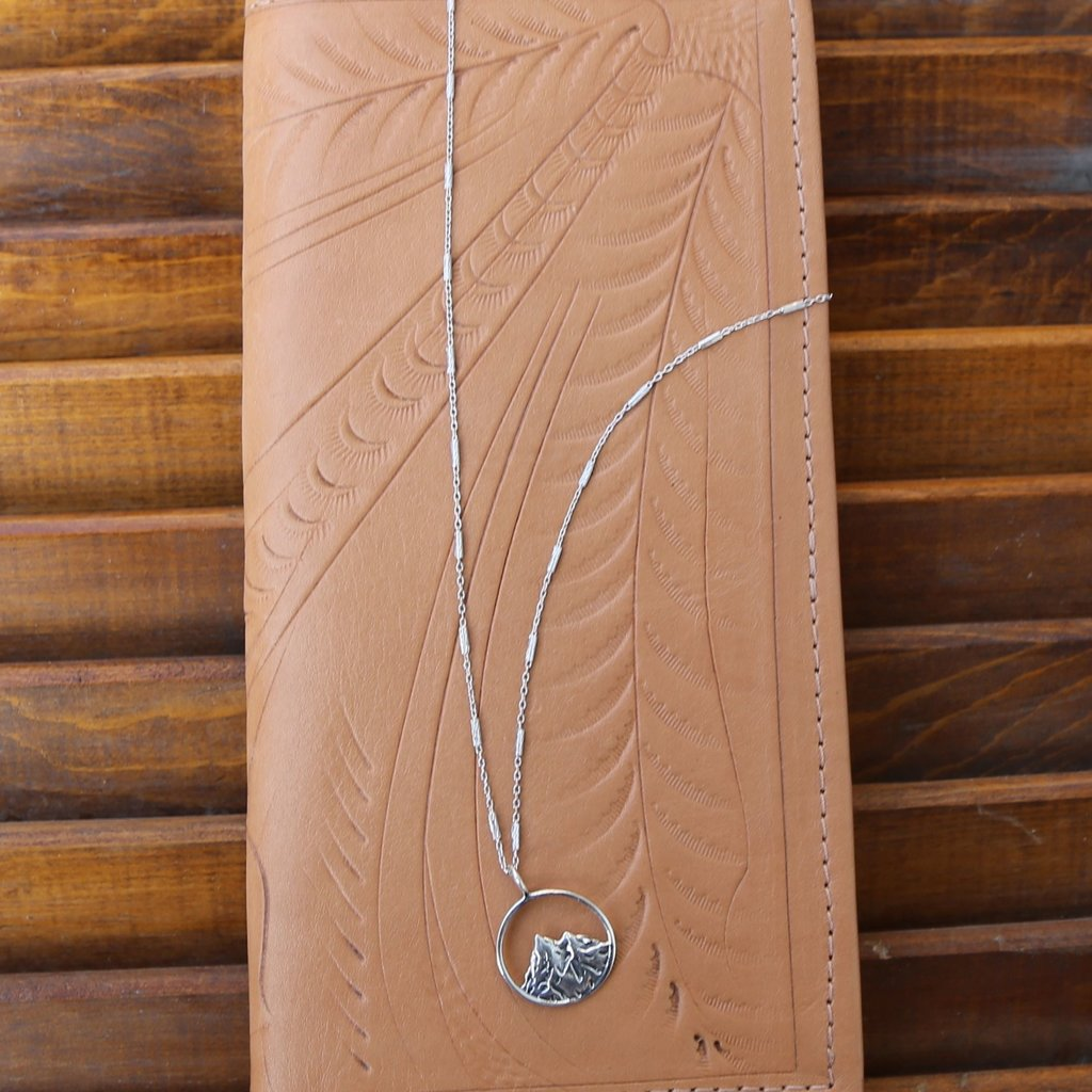 Sterling | Mountain Scene Necklace